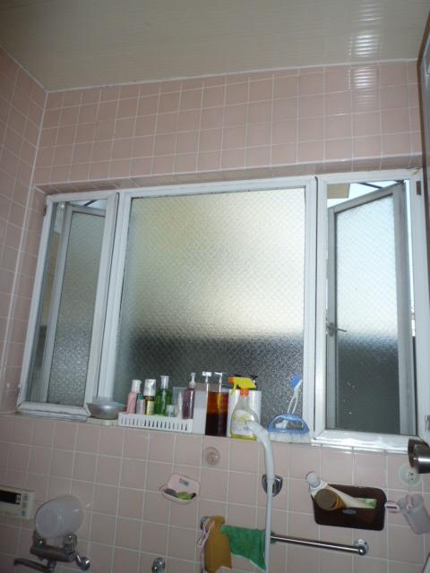 既存浴室サッシ